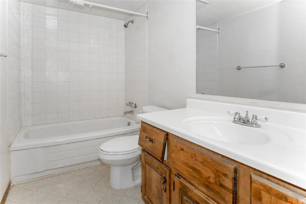 Photo 18: Photos: 63 Ashford Drive in Winnipeg: River Park South Residential for sale (2F)  : MLS®# 202006494