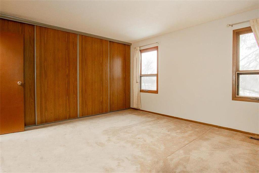 Photo 16: Photos: 63 Ashford Drive in Winnipeg: River Park South Residential for sale (2F)  : MLS®# 202006494