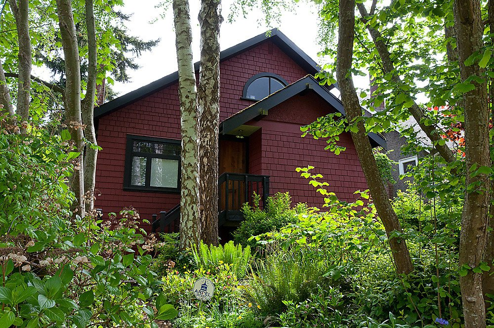 Photo 1: Photos: 4632 W 11TH Avenue in Vancouver: Point Grey House for sale (Vancouver West)  : MLS®# V952769