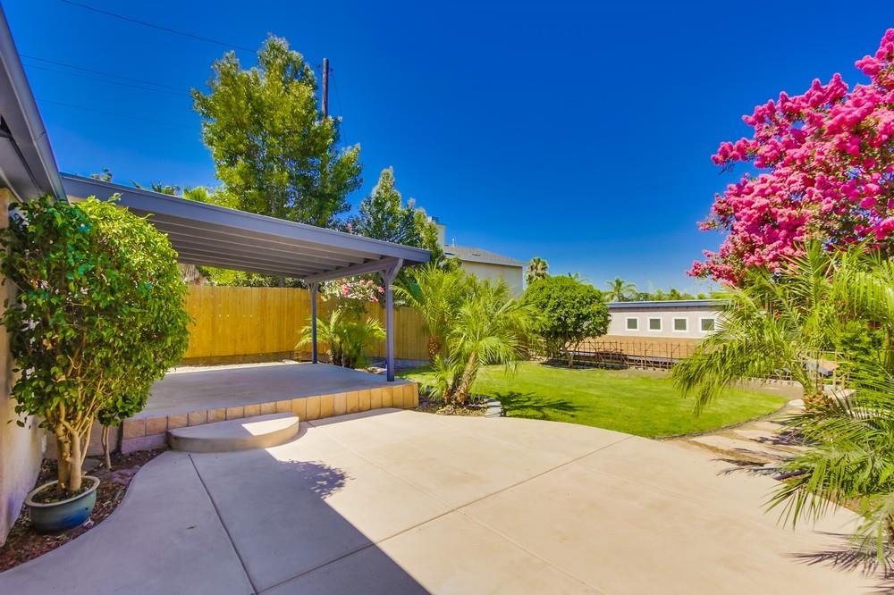 Main Photo: LA MESA House for sale : 3 bedrooms : 4654 68th St