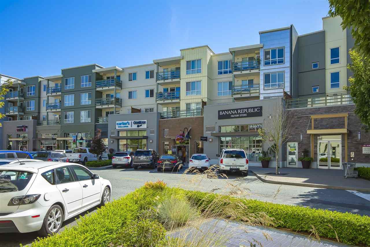 """Main Photo: 405 15735 CROYDON Drive in Surrey: Grandview Surrey Condo for sale in """"Morgan Crossing"""" (South Surrey White Rock)  : MLS®# R2480809"""