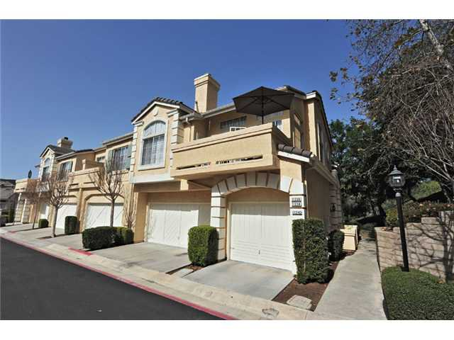 Main Photo: CARMEL MOUNTAIN RANCH Townhome for sale : 2 bedrooms : 11236 Provencal Place in San Diego