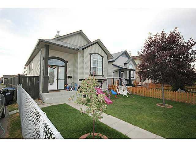 Main Photo: 29 TARACOVE Road NE in CALGARY: Taradale Residential Detached Single Family for sale (Calgary)  : MLS®# C3632615