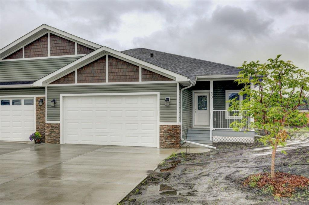 Main Photo: 30 Stone Garden Crescent: Carstairs Semi Detached for sale : MLS®# A1009252