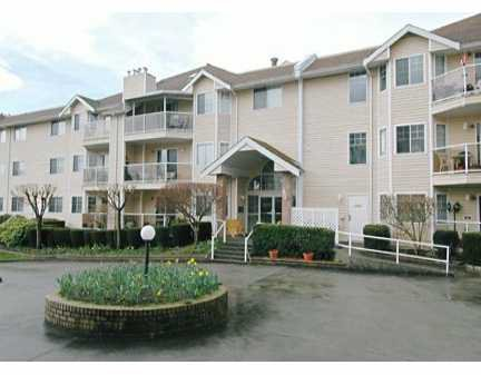 "Main Photo: 120 22611 116TH AV in Maple Ridge: East Central Condo for sale in ""Rosewood Court"" : MLS®# V577428"