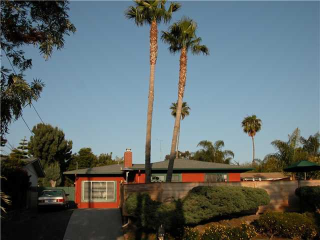 Main Photo: LEUCADIA House for sale : 3 bedrooms : 857 Eugenie Avenue in Encinitas