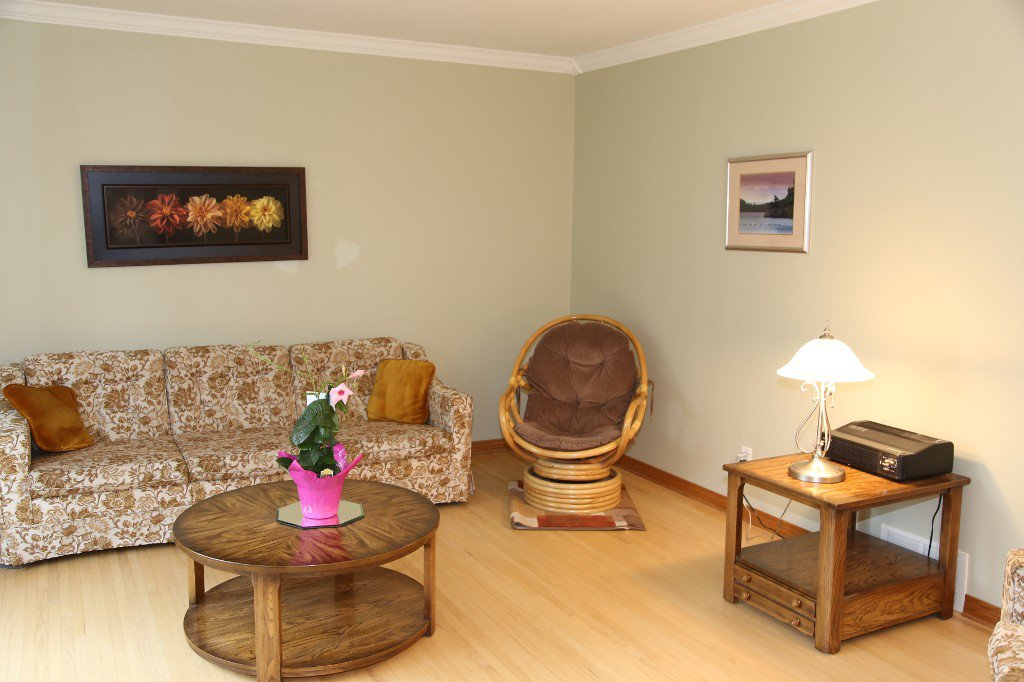 Photo 6: Photos: 310 Raquette Street in Winnipeg: Westwood Single Family Detached for sale (West Winnipeg)  : MLS®# 1513263