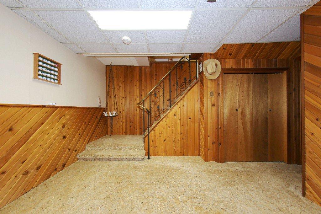 Photo 21: Photos: 310 Raquette Street in Winnipeg: Westwood Single Family Detached for sale (West Winnipeg)  : MLS®# 1513263
