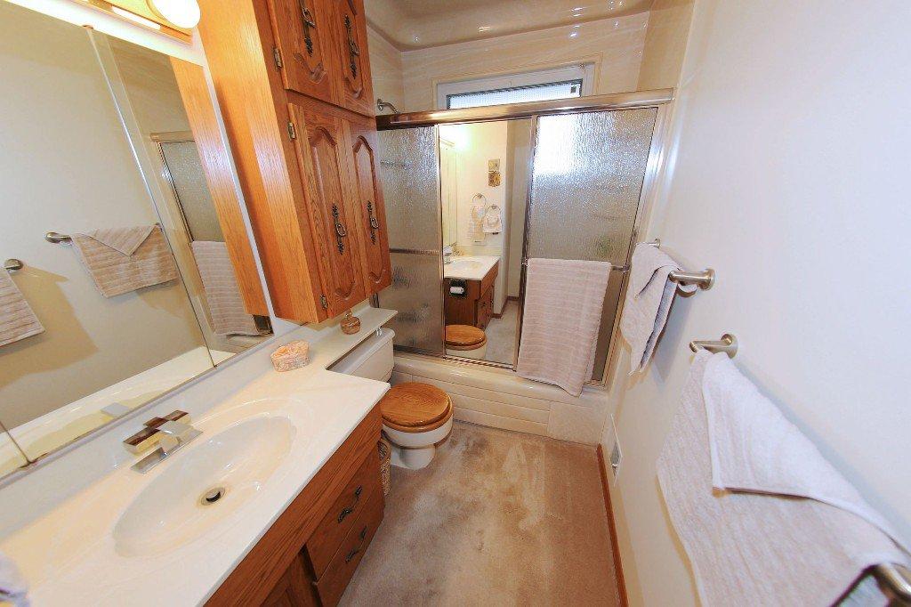Photo 16: Photos: 310 Raquette Street in Winnipeg: Westwood Single Family Detached for sale (West Winnipeg)  : MLS®# 1513263