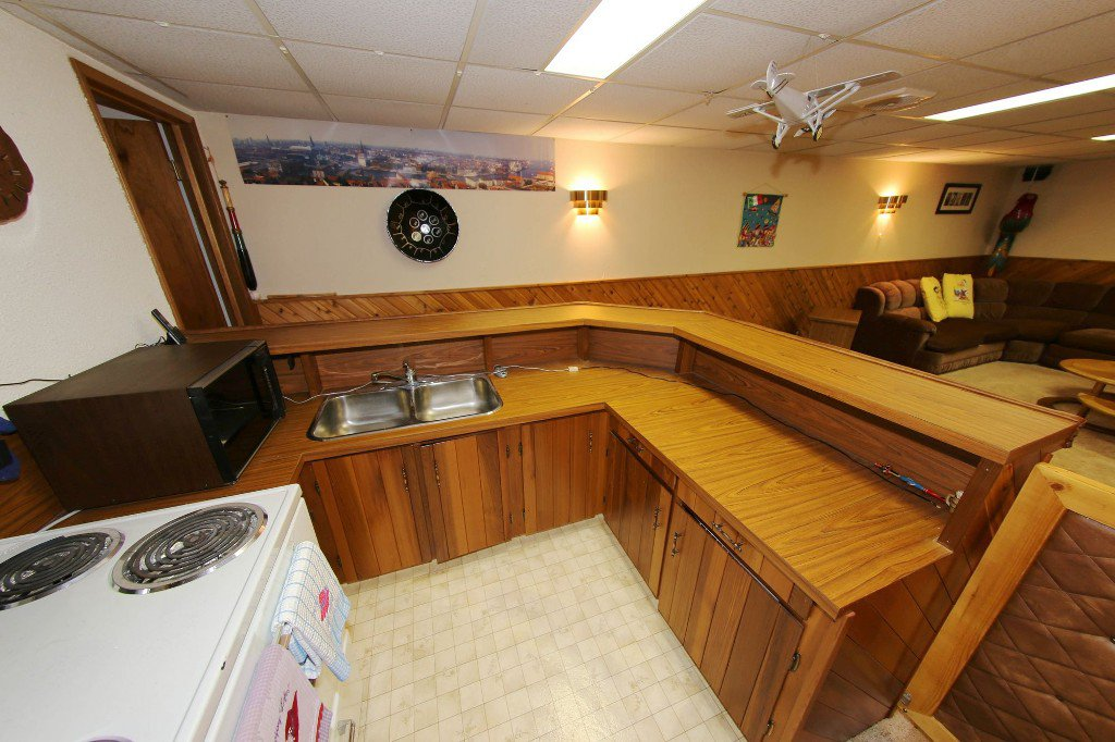 Photo 28: Photos: 310 Raquette Street in Winnipeg: Westwood Single Family Detached for sale (West Winnipeg)  : MLS®# 1513263