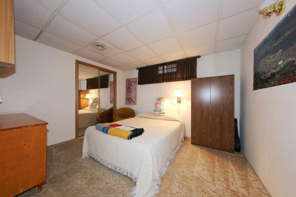 Photo 29: Photos: 310 Raquette Street in Winnipeg: Westwood Single Family Detached for sale (West Winnipeg)  : MLS®# 1513263