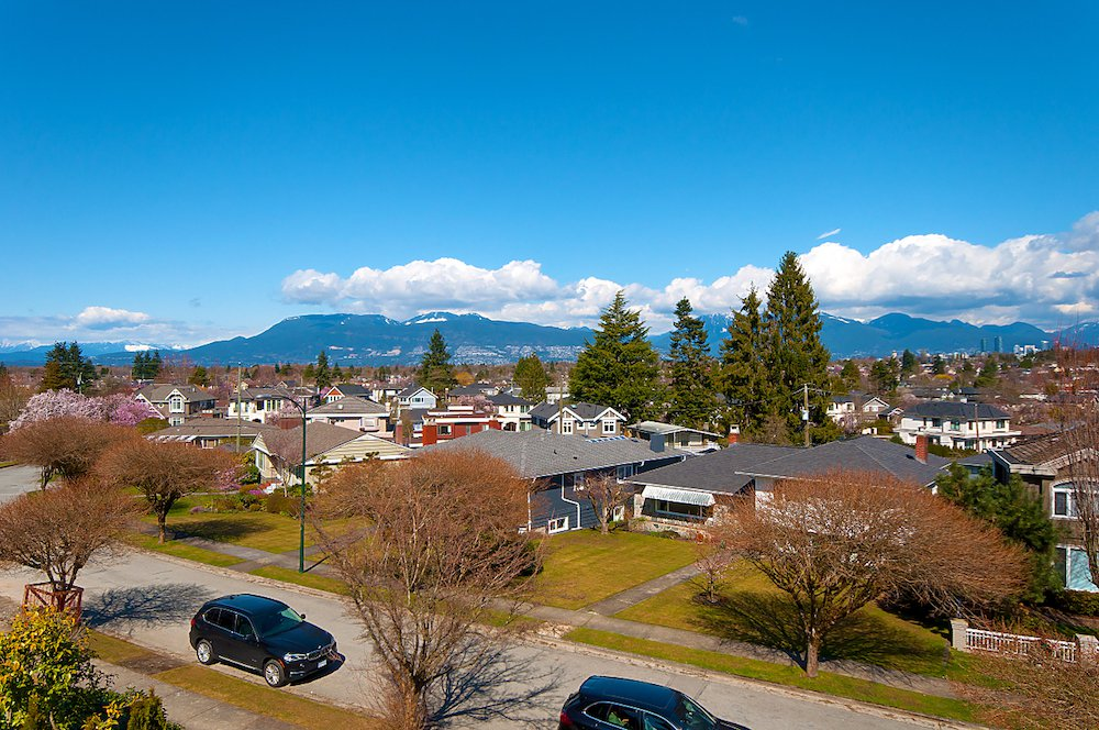 Main Photo: 2588 Edgar Crescent in Vancouver: Quilchena House for sale (Vancouver West)