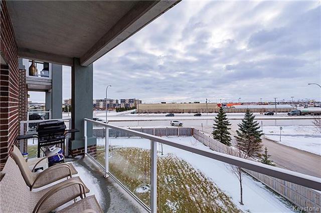 Main Photo: 302 - 280 FAIRHAVEN: Condominium for sale (1M)  : MLS®# 1602277