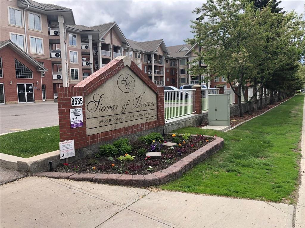 Main Photo: 121 8535 BONAVENTURE Drive SE in Calgary: Acadia Apartment for sale : MLS®# C4301700