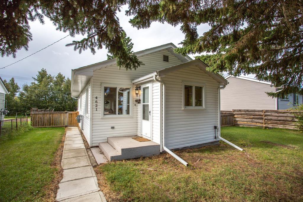 Main Photo: 4621 35 Avenue in Ponoka: Riverside Residential for sale : MLS®# A1030519
