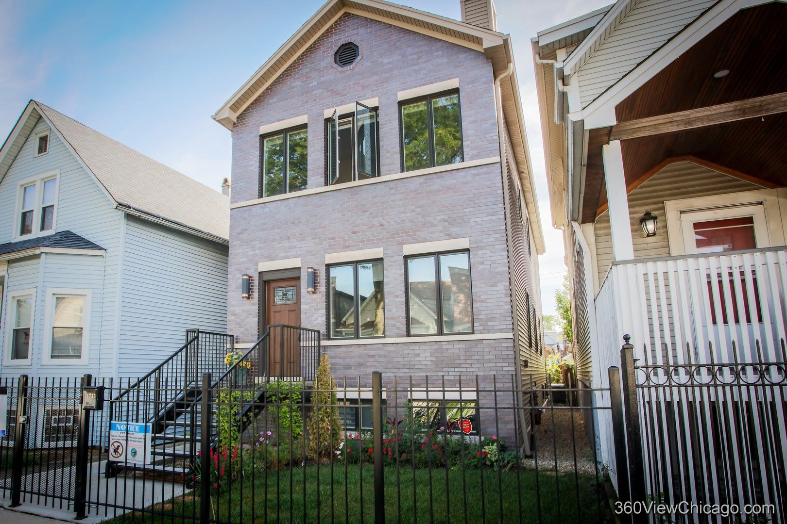 Main Photo: 1733 Troy Street in Chicago: CHI - Humboldt Park Residential for sale ()  : MLS®# MRD10848457