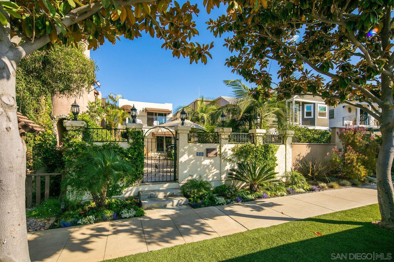 Main Photo: CORONADO VILLAGE House for sale : 3 bedrooms : 311 I Avenue in Coronado