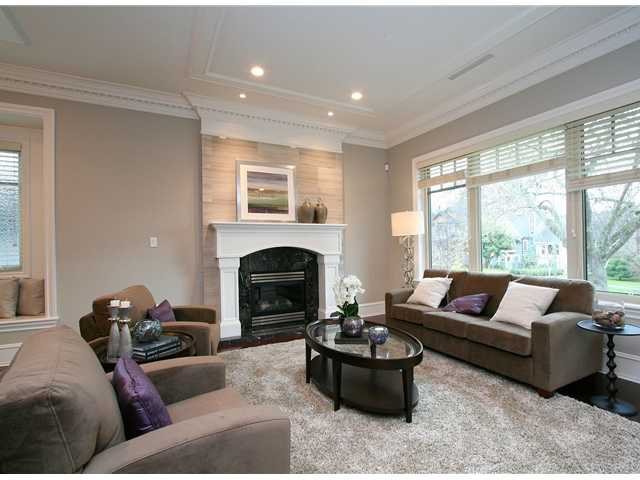 Photo 2: Photos: 4027 W 31ST Avenue in Vancouver: Dunbar House for sale (Vancouver West)  : MLS®# V981646