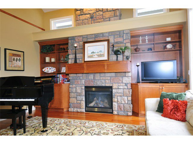 """Photo 5: Photos: 10508 BAKER Place in Maple Ridge: Albion House for sale in """"MAPLECREST"""" : MLS®# V988943"""