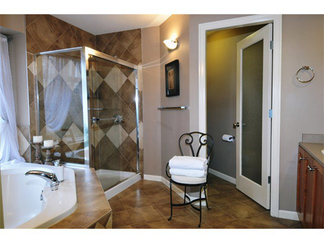 """Photo 8: Photos: 10508 BAKER Place in Maple Ridge: Albion House for sale in """"MAPLECREST"""" : MLS®# V988943"""