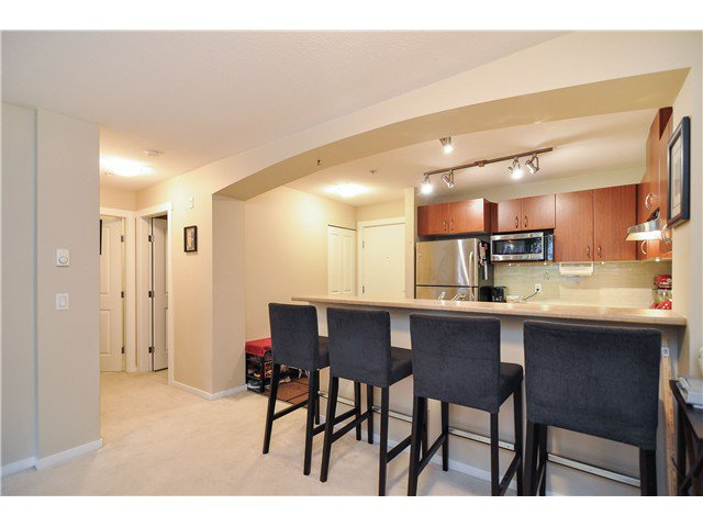 Photo 4: Photos: 314 9283 GOVERNMENT Street in Burnaby: Government Road Condo for sale (Burnaby North)  : MLS®# V1012024