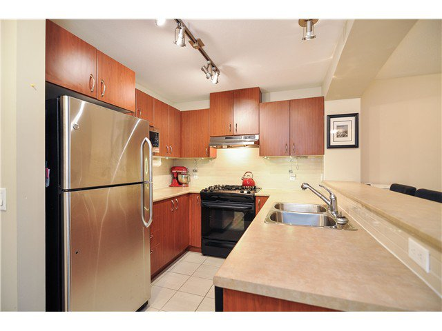 Photo 17: Photos: 314 9283 GOVERNMENT Street in Burnaby: Government Road Condo for sale (Burnaby North)  : MLS®# V1012024