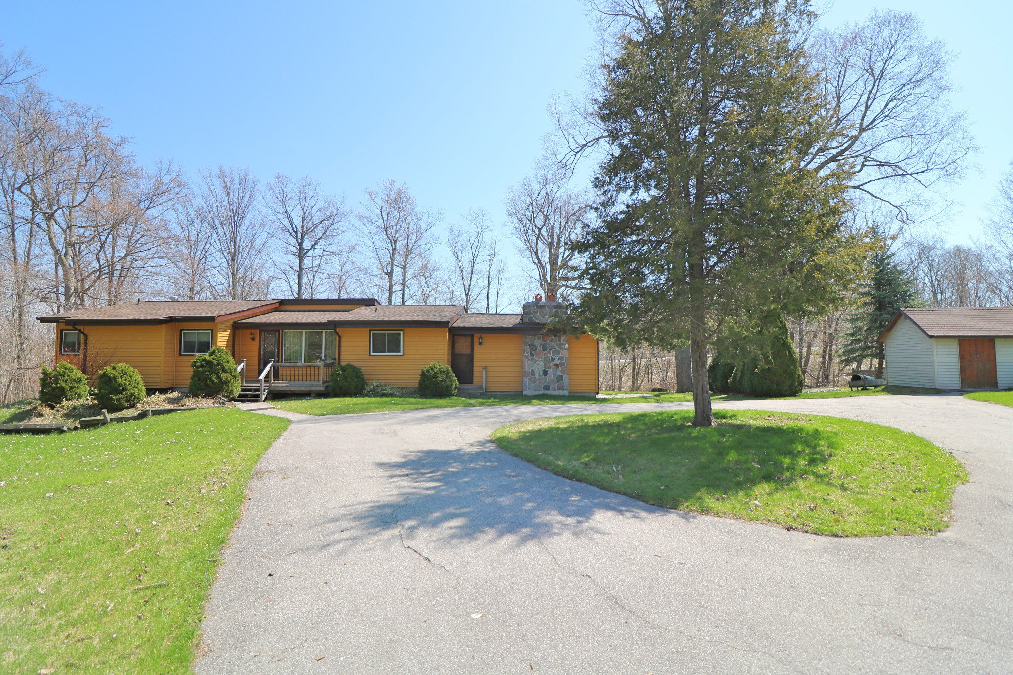 Photo 2: Photos: 37 Halstead Drive in Roseneath: Residential Detached for sale : MLS®# 192863