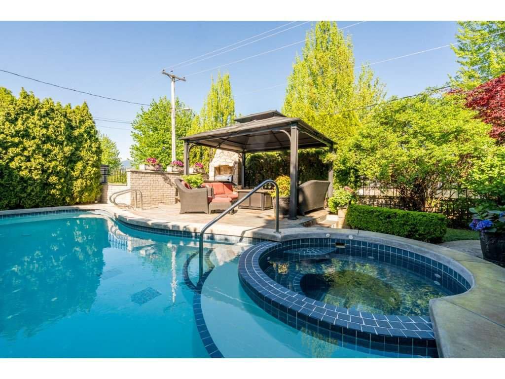 Main Photo: 2797 WILLIAM STREET in : Renfrew VE House for sale : MLS®# R2266816