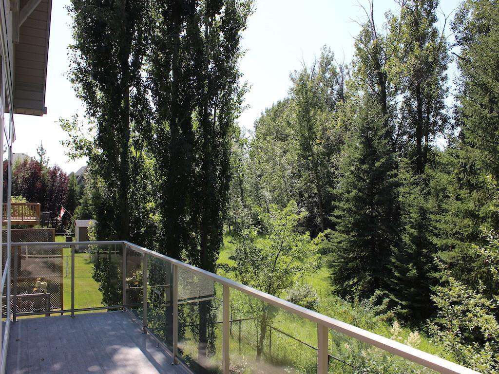 Photo 33: Photos: 94 DISCOVERY RIDGE Boulevard SW in Calgary: Discovery Ridge Detached for sale : MLS®# C4279285
