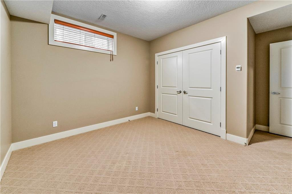 Photo 26: Photos: 94 DISCOVERY RIDGE Boulevard SW in Calgary: Discovery Ridge Detached for sale : MLS®# C4279285