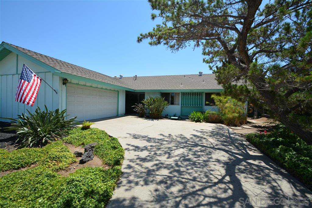 Main Photo: SAN CARLOS House for sale : 4 bedrooms : 7811 Topaz Lake Avenue in San Diego