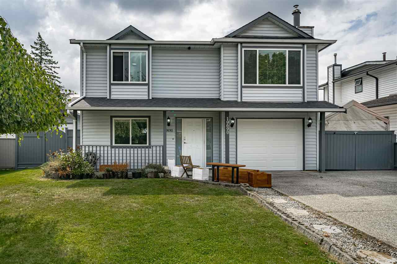 "Main Photo: 19690 WAKEFIELD Drive in Langley: Willoughby Heights House for sale in ""Langley Meadows"" : MLS®# R2492746"
