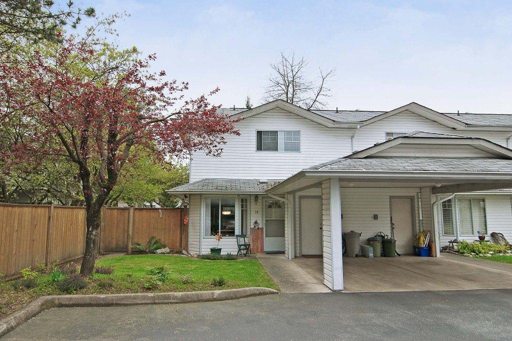 "Main Photo: 16 11757 207TH Street in Maple Ridge: Southwest Maple Ridge Townhouse for sale in ""HIDDEN CREEK ESTATES"" : MLS®# V1001465"