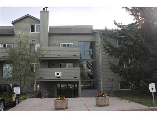 Main Photo: 3207 80 GLAMIS Drive SW in CALGARY: Glamorgan Condo for sale (Calgary)  : MLS®# C3568501