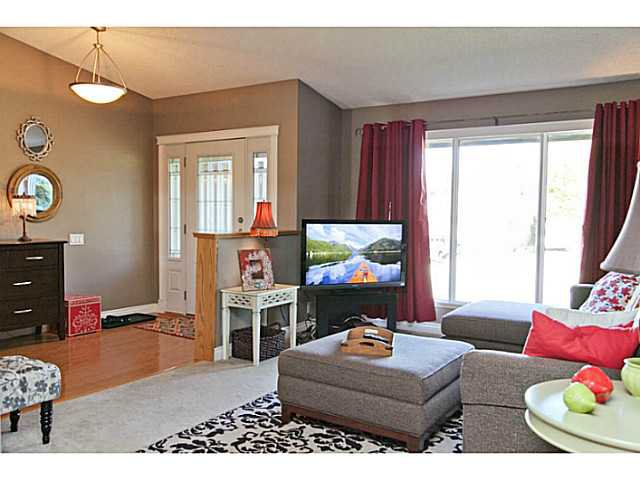 Photo 2: Photos: 303 RANCH ESTATES Drive NW in CALGARY: Ranchlands Estates Residential Detached Single Family for sale (Calgary)  : MLS®# C3634590