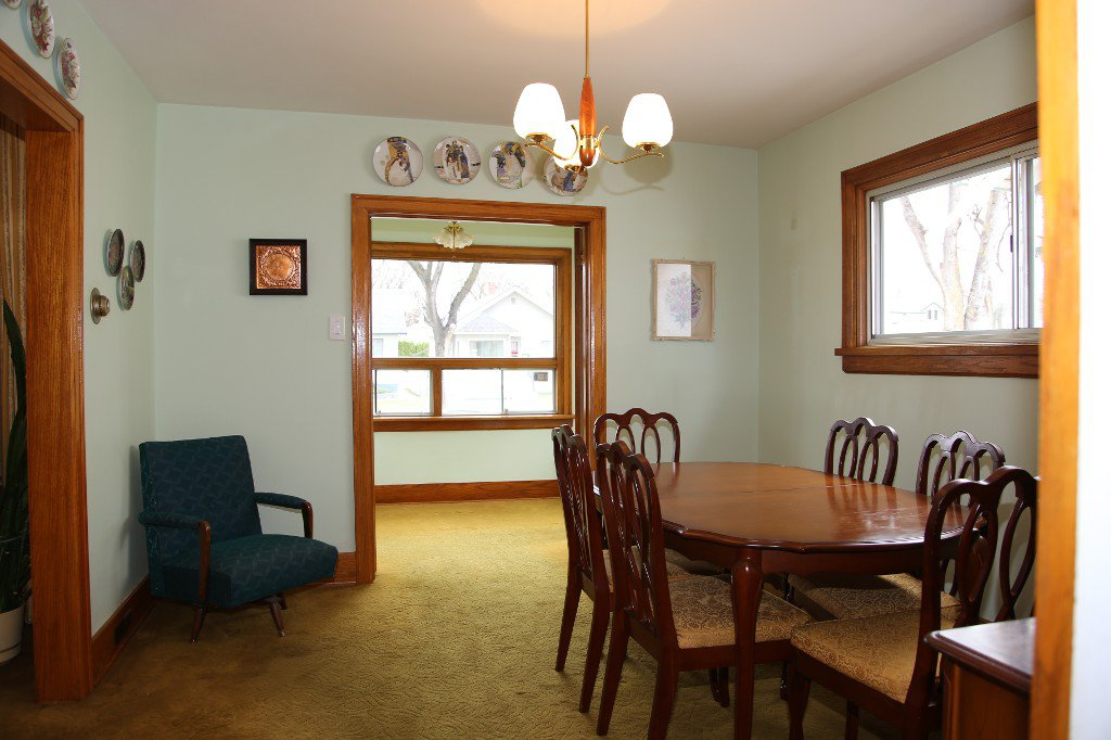 Photo 10: Photos: 1092 Downing Street in WINNIPEG: West End/Sargent Park Single Family Detached for sale (West Winnipeg)  : MLS®# 151067