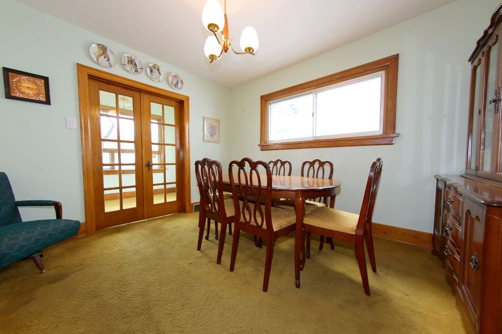 Photo 46: Photos: 1092 Downing Street in WINNIPEG: West End/Sargent Park Single Family Detached for sale (West Winnipeg)  : MLS®# 151067