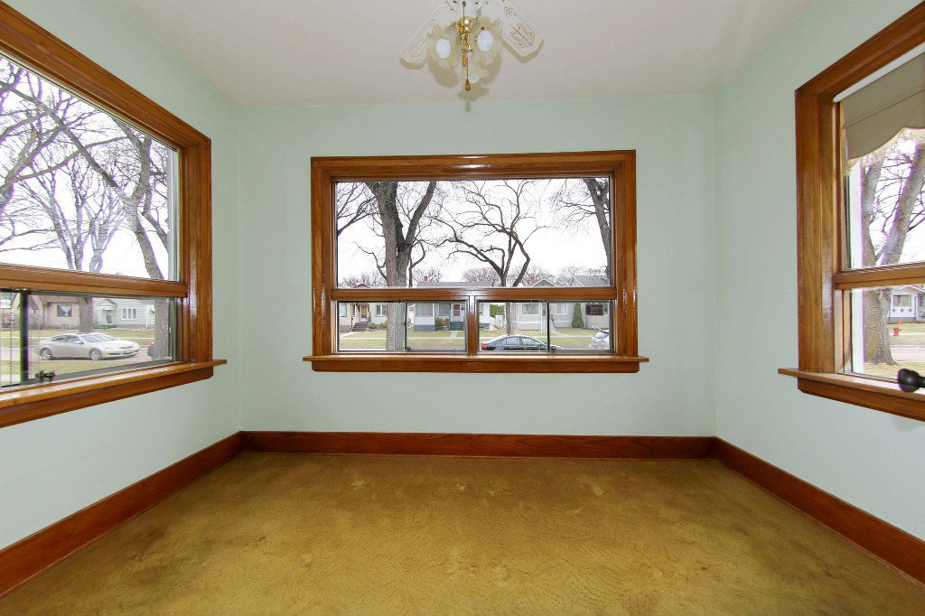 Photo 58: Photos: 1092 Downing Street in WINNIPEG: West End/Sargent Park Single Family Detached for sale (West Winnipeg)  : MLS®# 151067