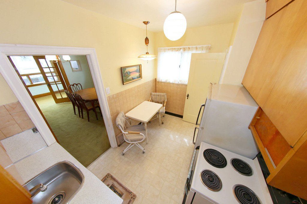 Photo 49: Photos: 1092 Downing Street in WINNIPEG: West End/Sargent Park Single Family Detached for sale (West Winnipeg)  : MLS®# 151067