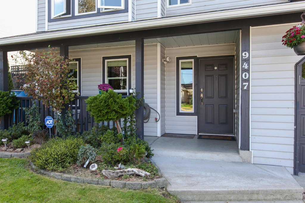 Photo 4: Photos: 9407 210 Street in Langley: Walnut Grove House for sale : MLS®# R2002877
