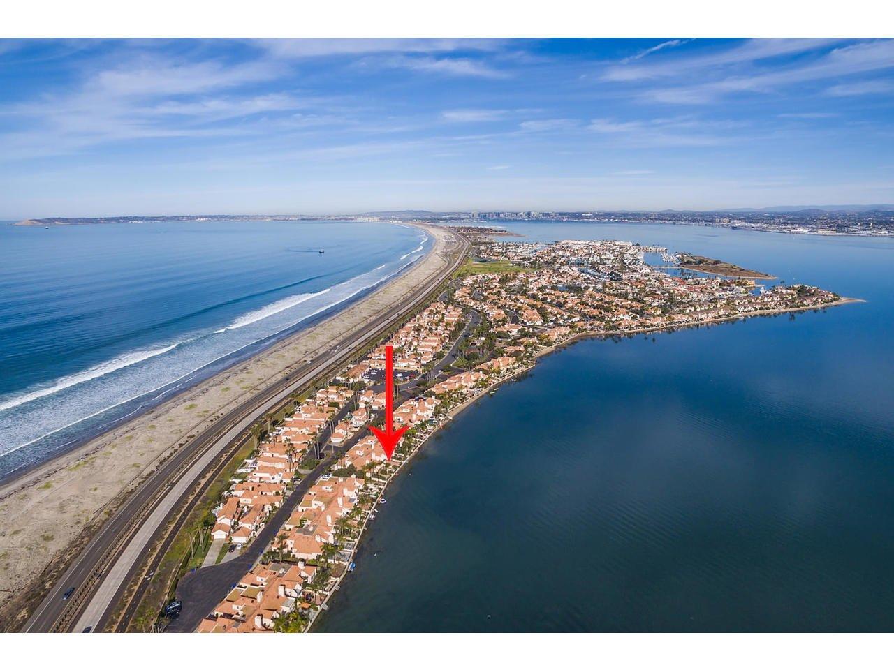 Photo 19: Photos: Townhome for sale : 3 bedrooms : 77 Tunapuna Lane in Coronado