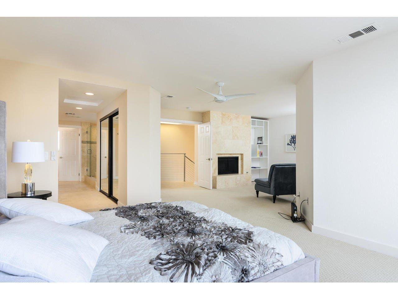 Photo 9: Photos: Townhome for sale : 3 bedrooms : 77 Tunapuna Lane in Coronado