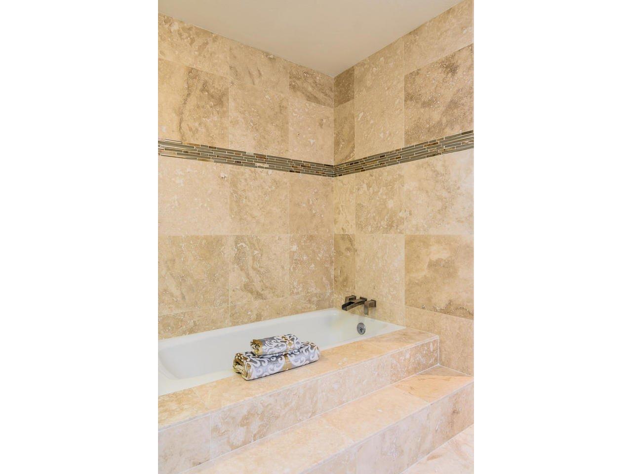 Photo 13: Photos: Townhome for sale : 3 bedrooms : 77 Tunapuna Lane in Coronado