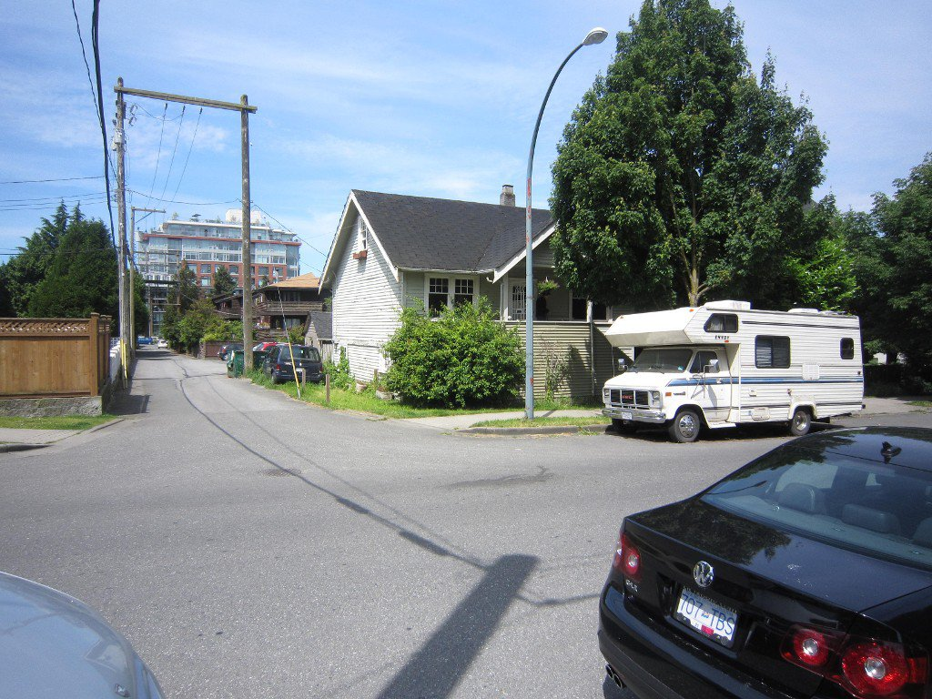 Main Photo: 2315 Brunswick Street in Vancouver: House