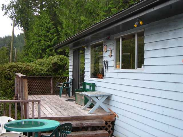 Main Photo: 5984 NORTH LAKE Road in No City Value: Pender Harbour Egmont House for sale (Sunshine Coast)  : MLS®# V940014