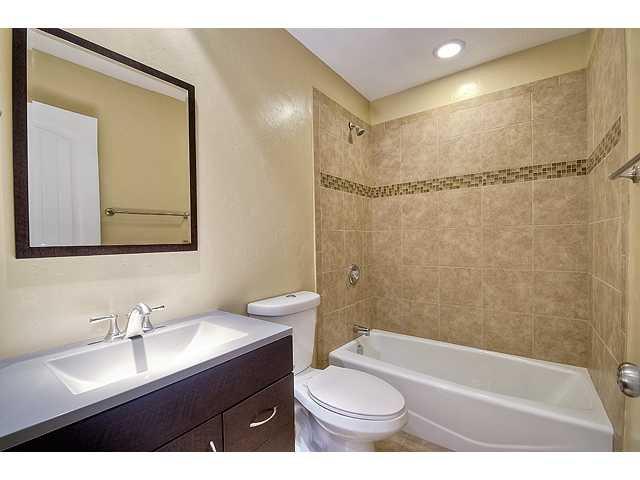 Photo 11: Photos: MIRA MESA House for sale : 3 bedrooms : 8624 Bennington Street in San Diego