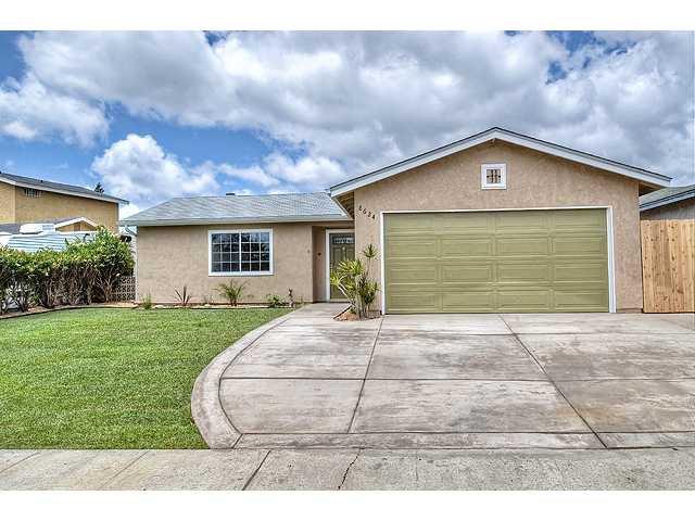 Photo 3: Photos: MIRA MESA House for sale : 3 bedrooms : 8624 Bennington Street in San Diego