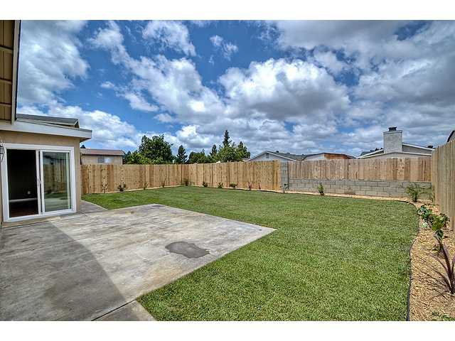 Photo 18: Photos: MIRA MESA House for sale : 3 bedrooms : 8624 Bennington Street in San Diego