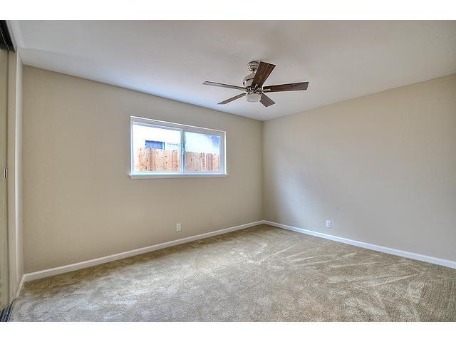 Photo 7: Photos: MIRA MESA House for sale : 3 bedrooms : 8624 Bennington Street in San Diego