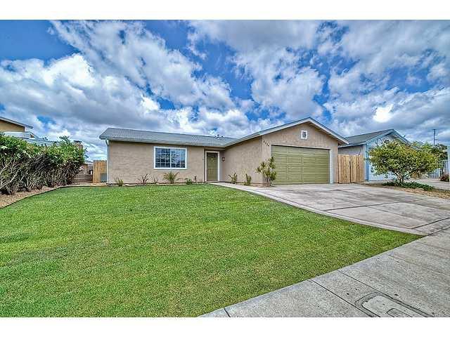 Photo 2: Photos: MIRA MESA House for sale : 3 bedrooms : 8624 Bennington Street in San Diego